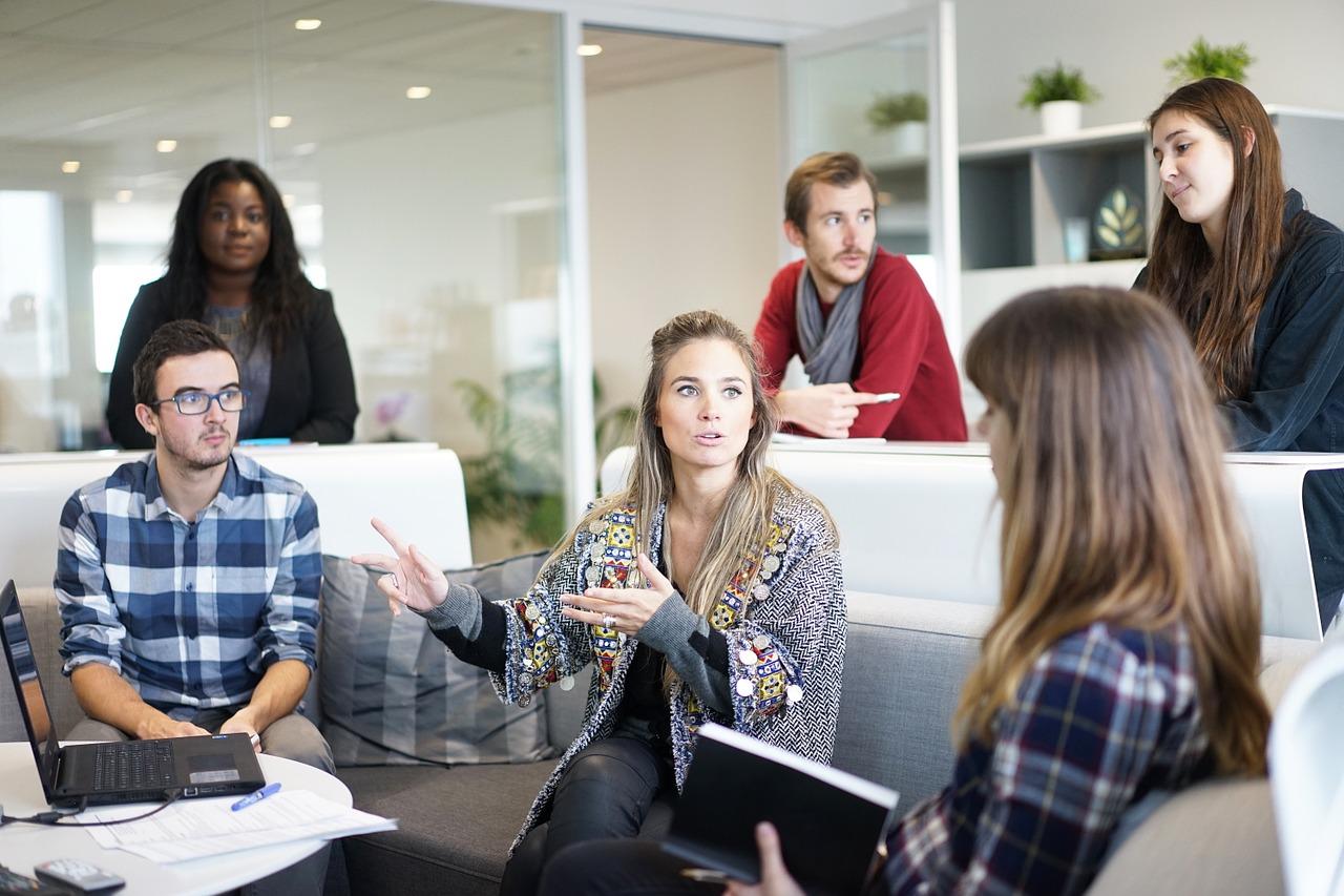conheça os diferentes tipos de liderança
