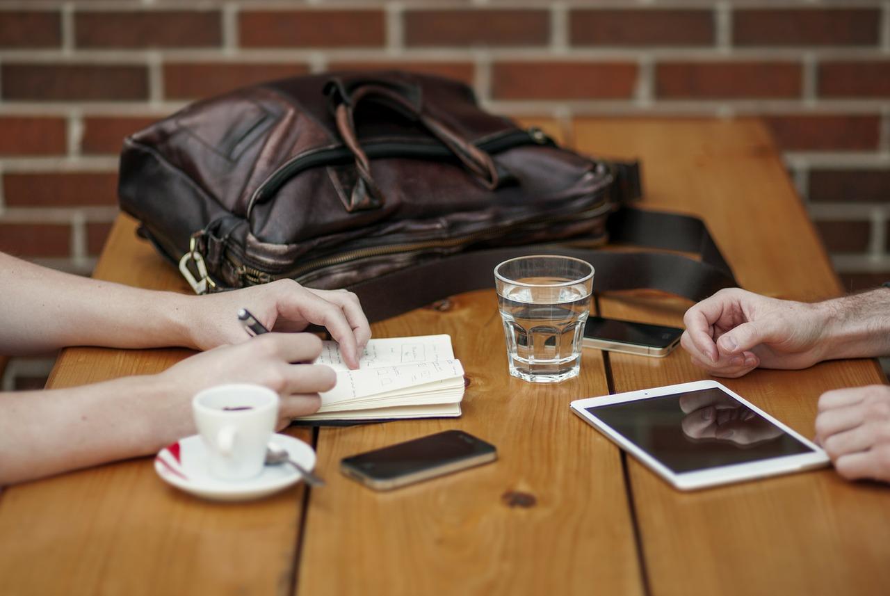 Aprenda o passo a passo de Como Contratar um Colaborador Para o Seu Negócio Digital