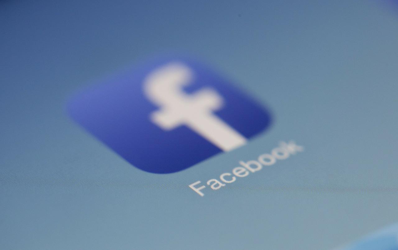 Saiba qual é o horário de pico do Facebook