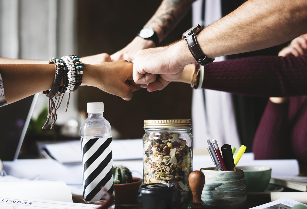 9 Dicas de Como Influenciar Pessoas na Internet Compartilhando Conteúdo