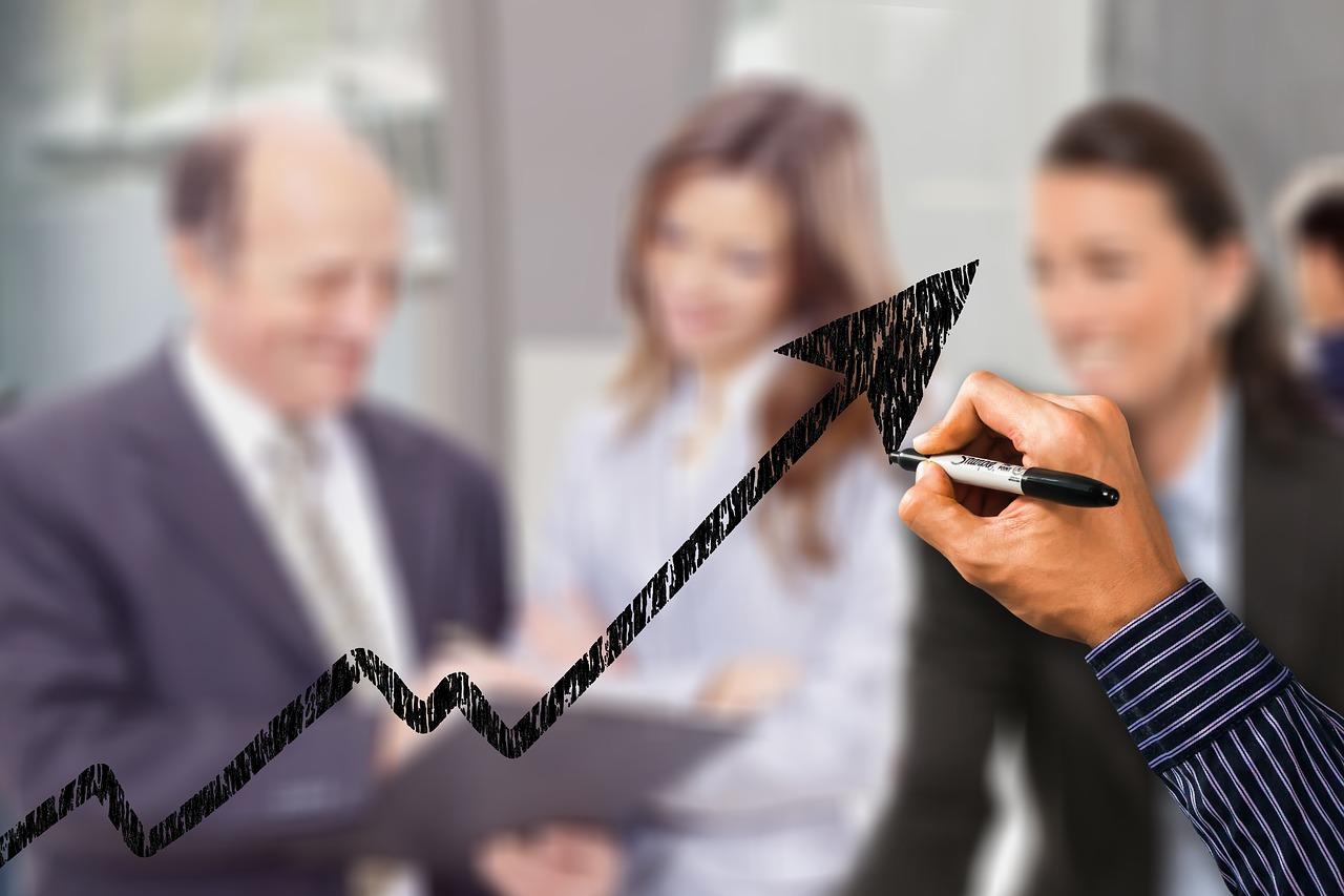 Saiba o que faz um gerente de marketing e suas funções nas organizações.
