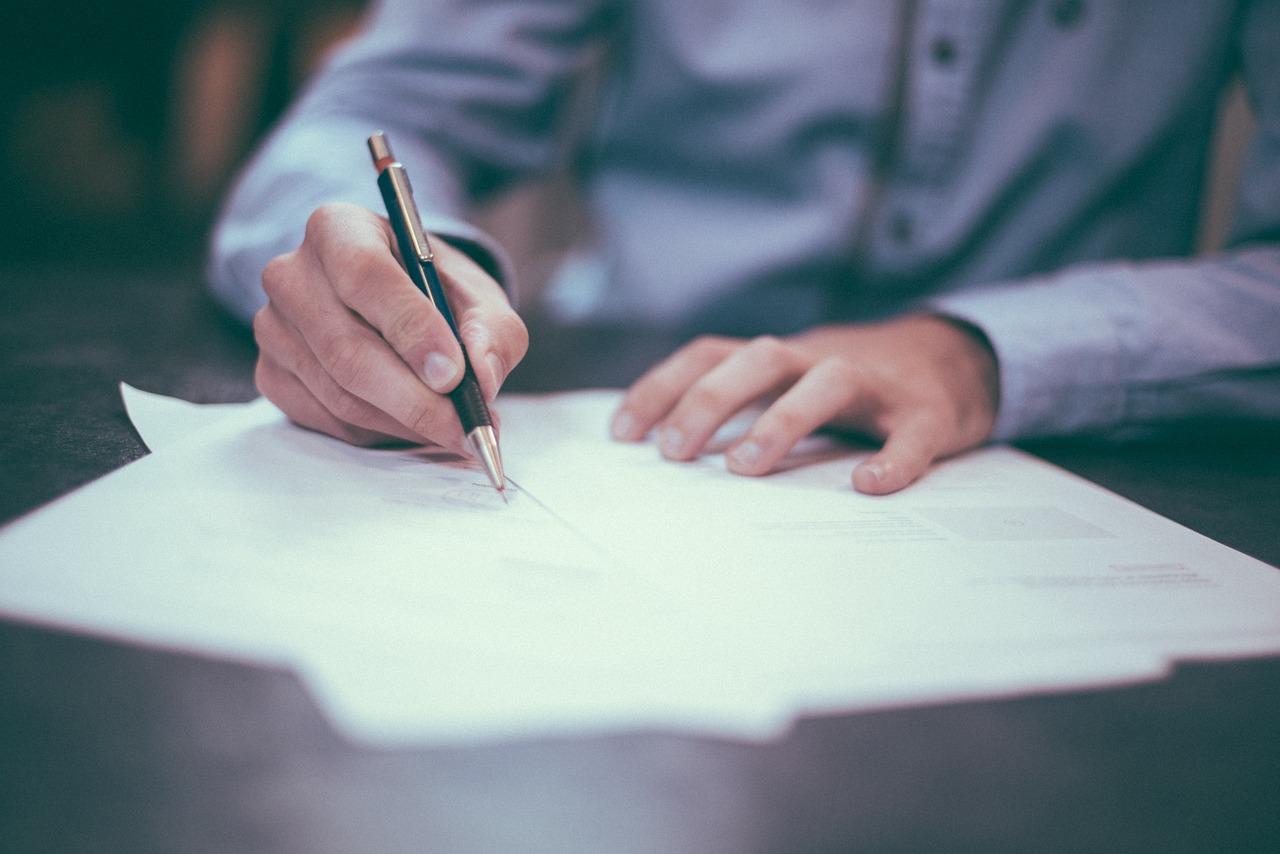 Saiba como fazer um contrato de prestação de serviços