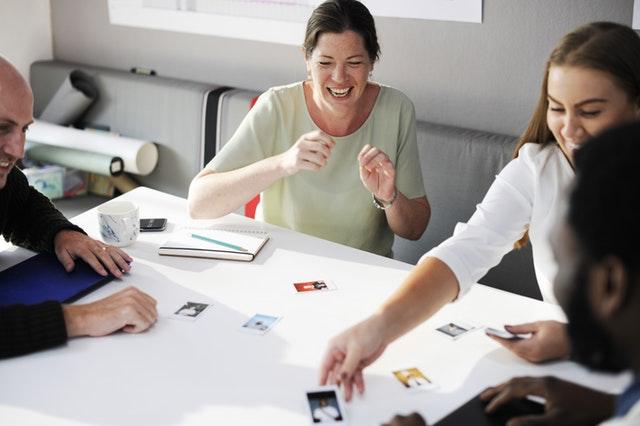 Como Estruturar uma Dinâmica de Grupo para Trabalho em Equipe