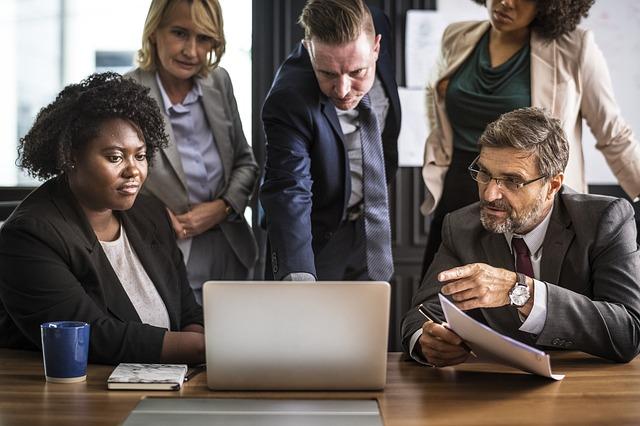 como conduzir uma reunião