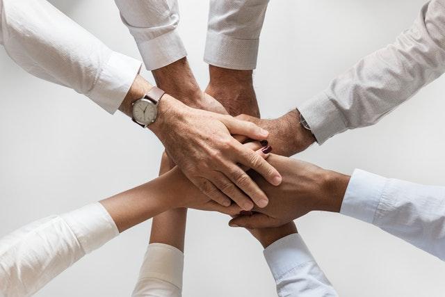 O que é Cooperativismo e Como Implantar na Sua Empresa?
