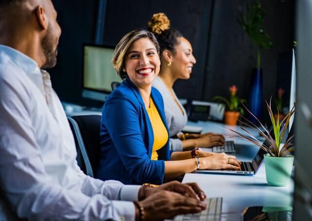 Avaliar a produtividade de um funcionário na empresa para saber se é rentável
