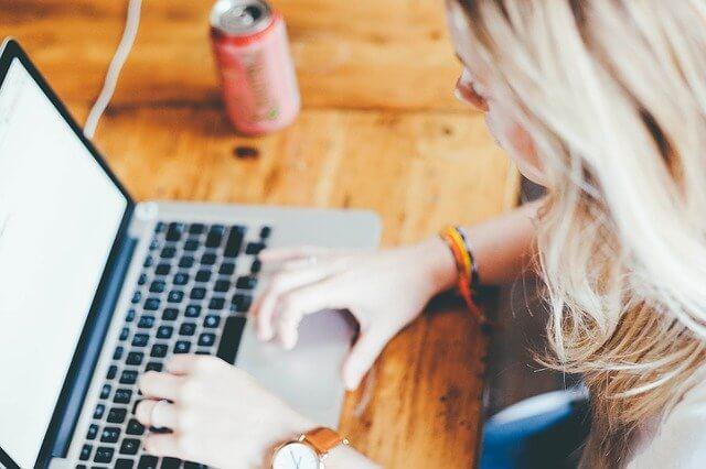 Como criar um site institucional